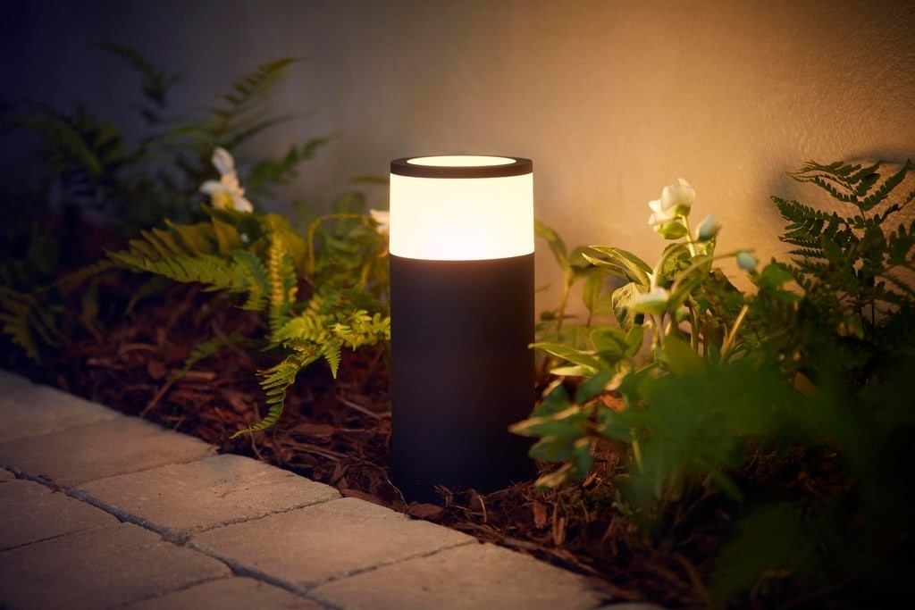 Philips takes smart lighting outside with Hue Outdoor | dmLights Blog